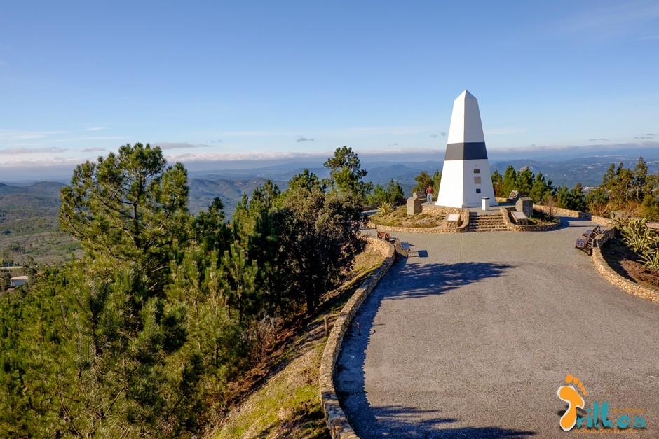 Pico da Melriça - Centro Geodésico de Portugal - Osmeustrilhos-1